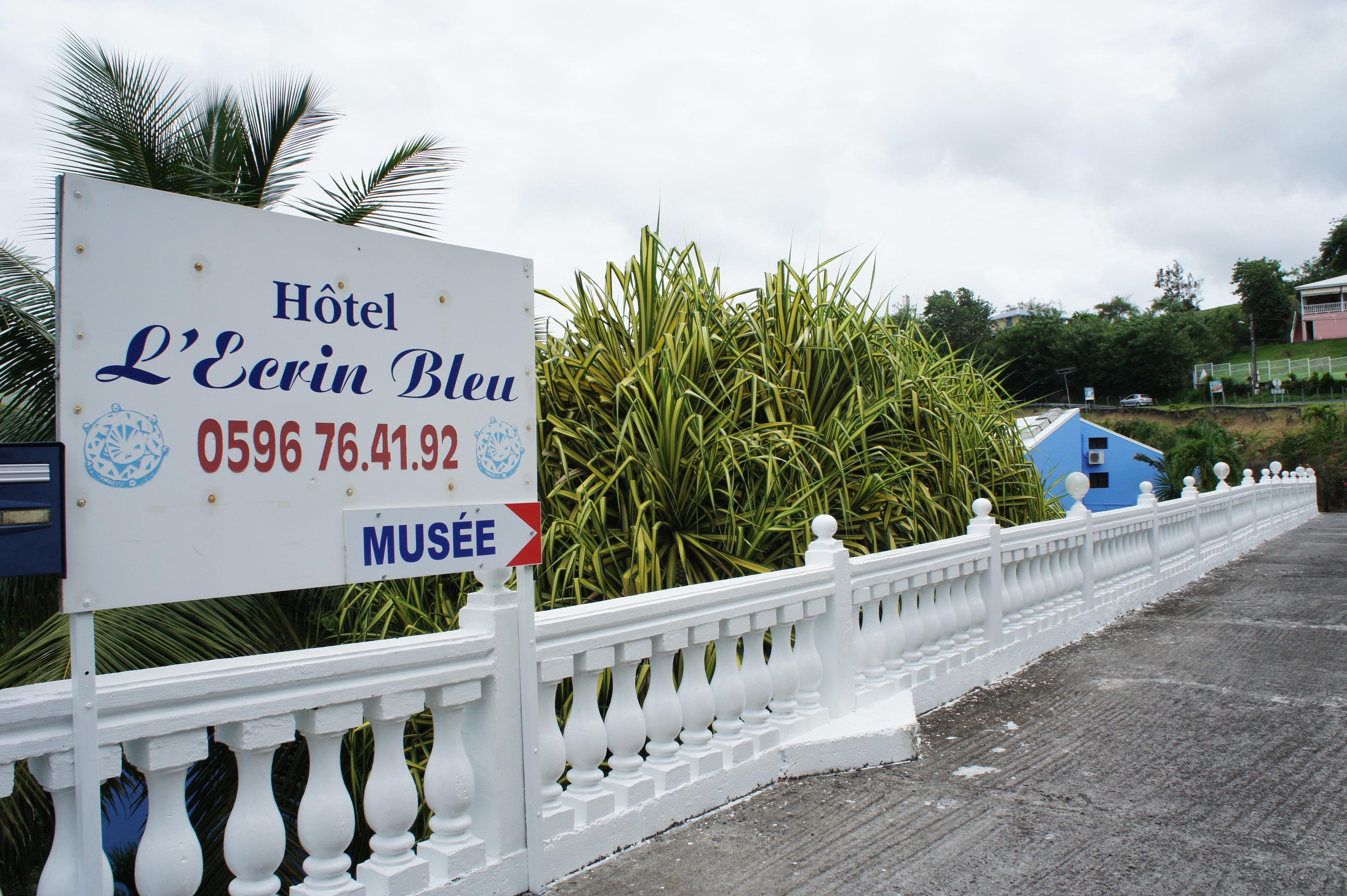panneau d'entrée de l'hotel