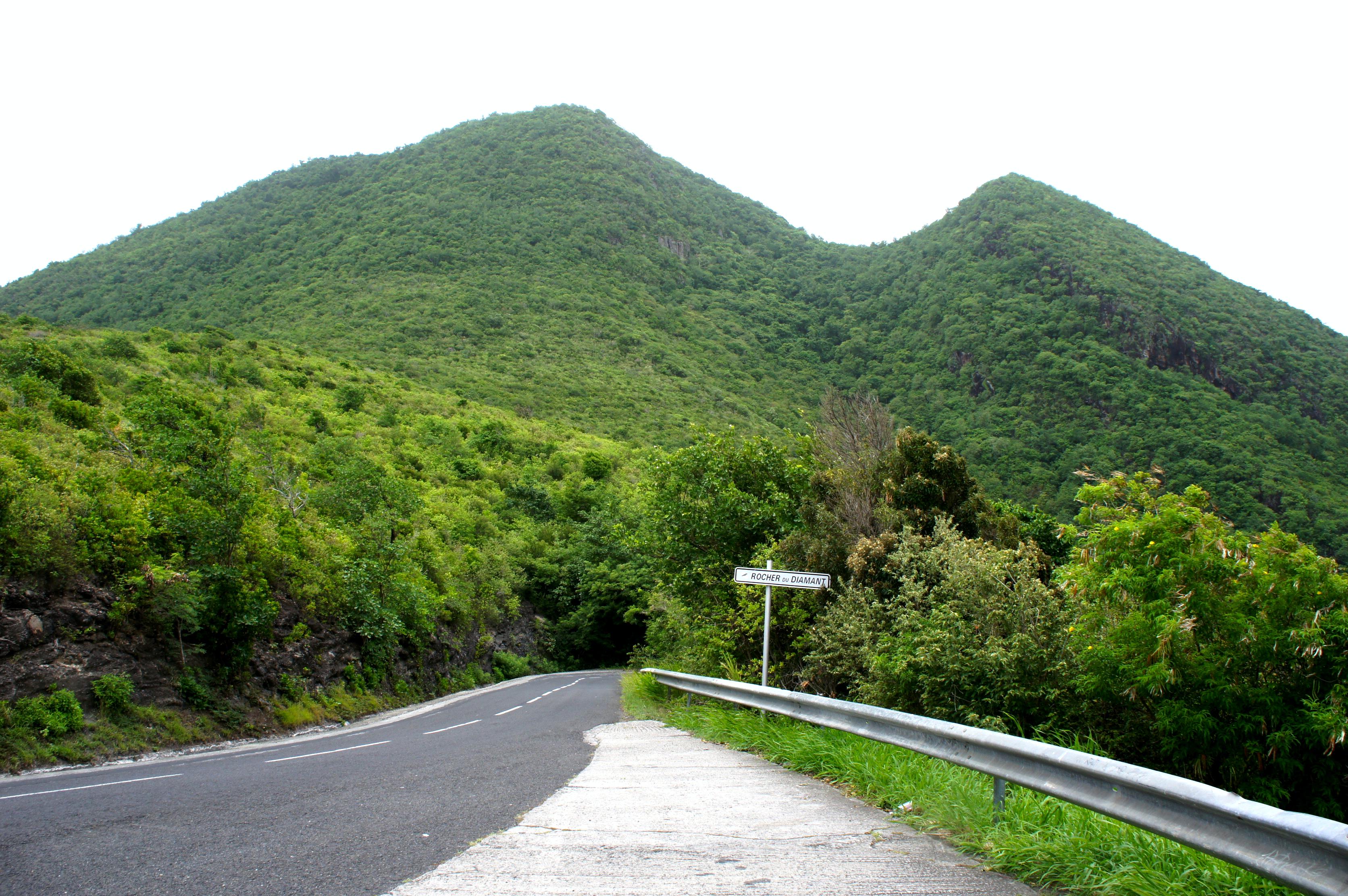 route cotière anses d'arlet D37